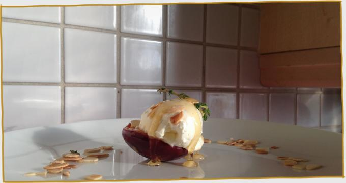 Carmelised Peaches with St Tola Divine Cream